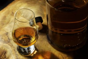 Read more about the article Online Liquor Orders in California | Same Day Delivery